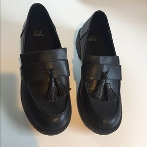 Wild Fable Black tassel loafers size 8